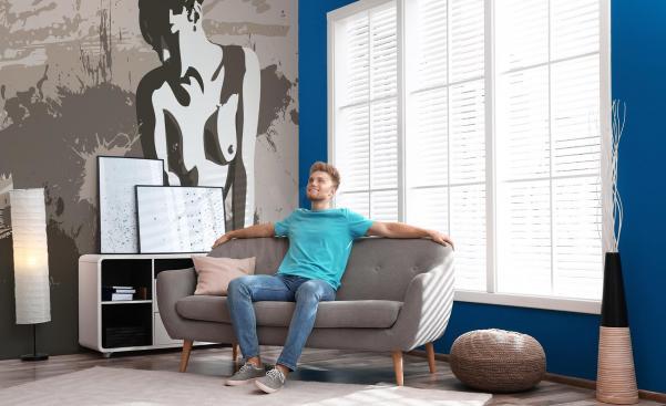 Fototapeta erotika v obývacím pokoji