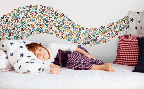 Nálepka barevná písmenka pro děti