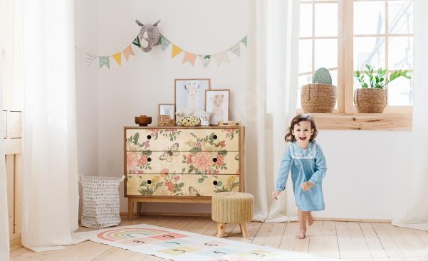 Nálepka shabby chic v dětském pokoji