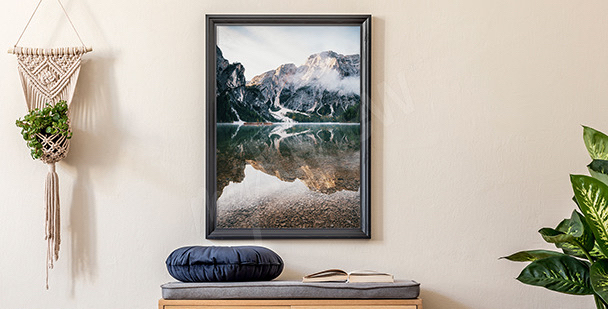 Plakát hory v Itálii